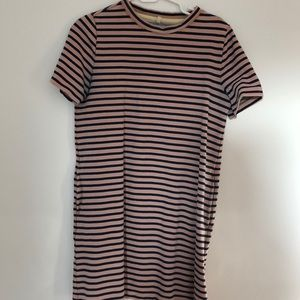 Lou & Grey T-shirt dress